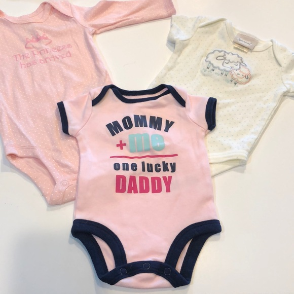 674418e01 kyle & Deena and Carters Other   Set Of Three Onesies For Baby Girl ...